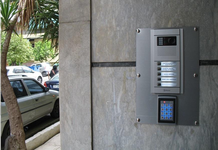 θυροτηλεόραση και αυτόματο κλείδωμα πόρτας εισόδου